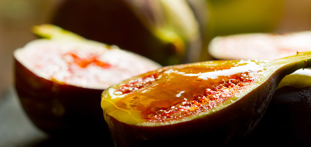 Figs with Honey in Sunlight