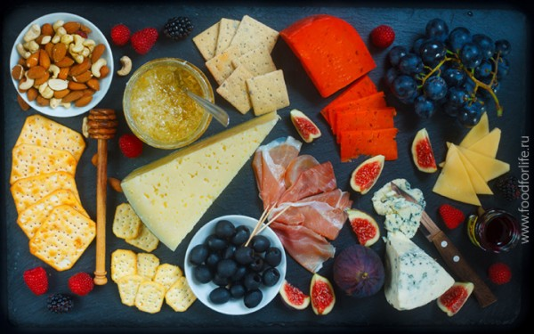 Rich Cheese Plate Board